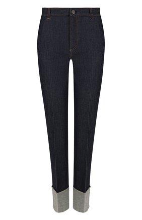 Укороченные джинсы с контрастной прострочкой и отворотами | Фото №1