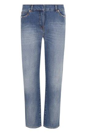 Женские укороченные джинсы прямого кроя с потертостями VALENTINO голубого цвета, арт. PB3DD03G/2PY | Фото 1