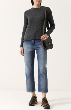 Женские укороченные джинсы прямого кроя с потертостями VALENTINO голубого цвета, арт. PB3DD03G/2PY | Фото 2