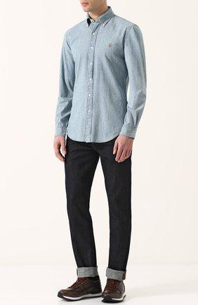 Мужская джинсовая рубашка с воротником button down POLO RALPH LAUREN голубого цвета, арт. 710548538 | Фото 2