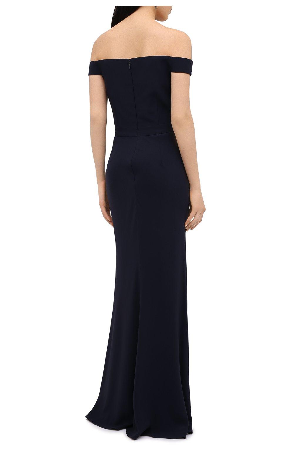 Приталенное платье-макси с открытыми плечами | Фото №4
