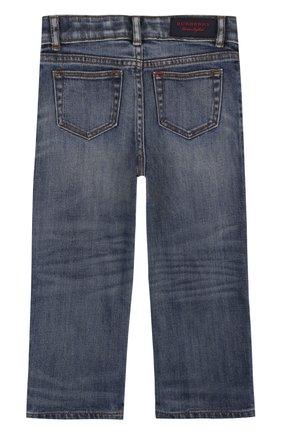 Детские джинсы с декоративными потертостями BURBERRY синего цвета, арт. 4063496 | Фото 2