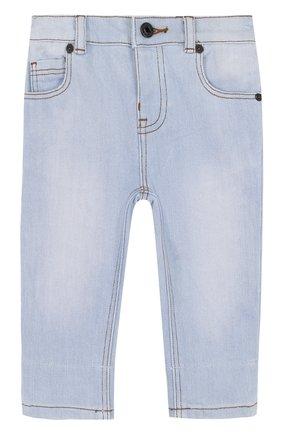Детские джинсы с эластичной вставкой на поясе и прострочкой BURBERRY голубого цвета, арт. 4063588 | Фото 1