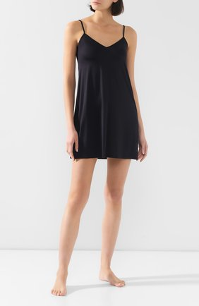 Женская однотонная сорочка из вискозы HANRO черного цвета, арт. 071065 | Фото 2