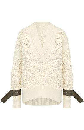 Однотонный пуловер фактурной вязки с V-образным вырезом | Фото №1