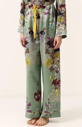 Шелковая пижама с контрастным принтом | Фото №4