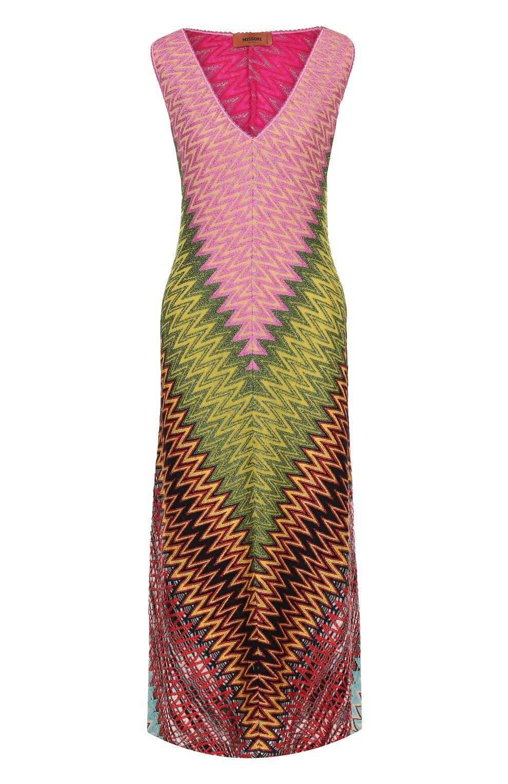 Приталенное вязаное платье-миди с V-образным вырезом | Фото №1