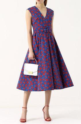 Хлопковое платье-миди с принтом и широким поясом Alice + Olivia синее   Фото №1
