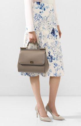 Женская сумка sicily medium new DOLCE & GABBANA темно-бежевого цвета, арт. BB6235/A1001   Фото 2 (Материал: Натуральная кожа; Ремень/цепочка: На ремешке; Сумки-технические: Сумки top-handle; Размер: medium)