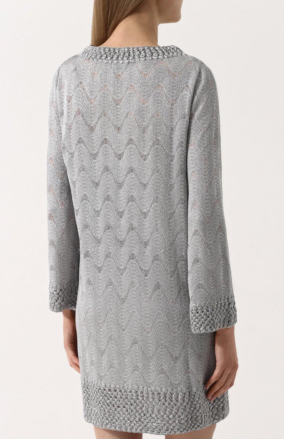 Вязаное мини-платье с V-образным вырезом | Фото №4