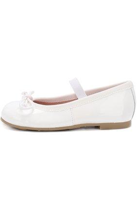 Детские лаковые туфли с бантами и перемычкой PRETTY BALLERINAS белого цвета, арт. 39.270/9.031/SHADE | Фото 2