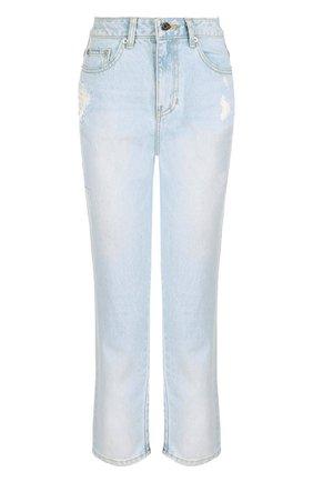 Укороченные джинсы с потертостями и завышенной талией | Фото №1
