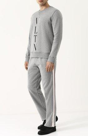 Мужской хлопковый свитшот с логотипом бренда VALENTINO серого цвета, арт. PV0MF09N/3TV | Фото 2