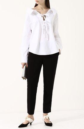Женская однотонная хлопковая блуза с бантами Clu, цвет белый, арт. WL18PS5016 в ЦУМ | Фото №1