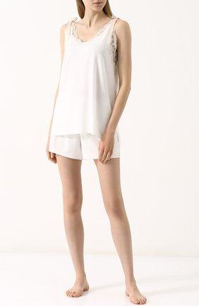 Пижама из вискозы с кружевной отделкой | Фото №1