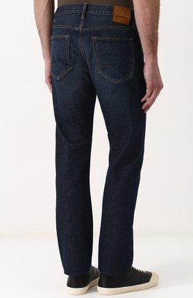 Мужские джинсы прямого кроя с потертостями TOM FORD синего цвета, арт. BPJ21/TFD002 | Фото 4