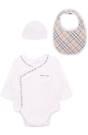 Детское хлопковый комплект из боди с нагрудником и шапки BURBERRY белого цвета, арт. 3998277 | Фото 1