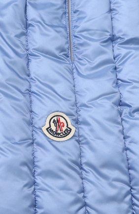 Пуховый стеганый шарф с логотипом бренда Moncler голубой | Фото №1