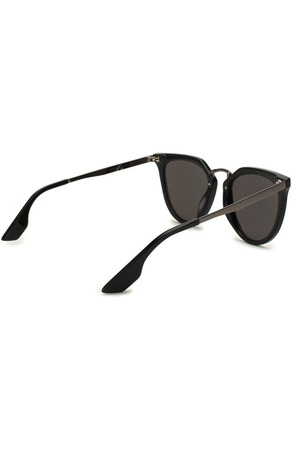 Женские солнцезащитные очки ALEXANDER MCQUEEN черного цвета, арт. MQ0086 001 | Фото 4