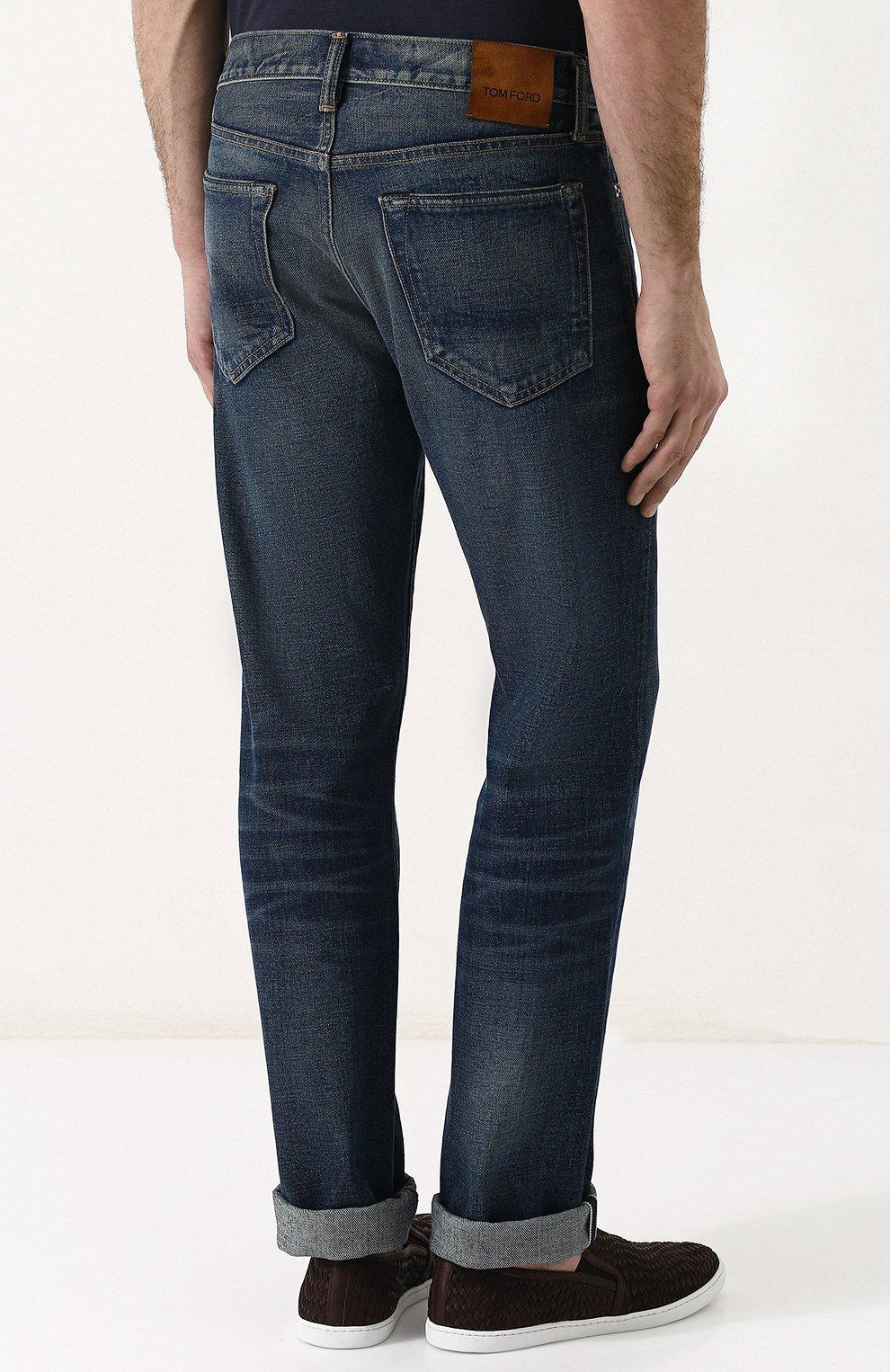 Мужские джинсы прямого кроя с потертостями TOM FORD голубого цвета, арт. BPJ11/TFD002   Фото 4