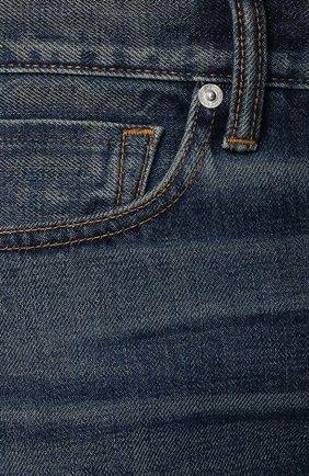 Мужские джинсы прямого кроя с потертостями TOM FORD голубого цвета, арт. BPJ11/TFD002   Фото 5