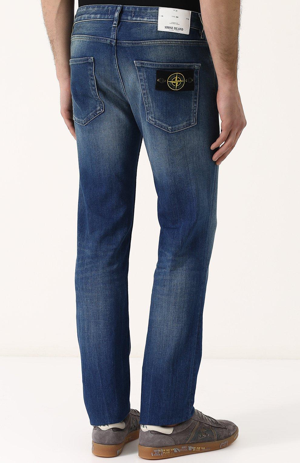 Мужские джинсы прямого кроя с потертостями STONE ISLAND синего цвета, арт. 6815J2ZN4 | Фото 4