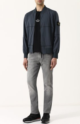 Мужские джинсы прямого кроя  STONE ISLAND серого цвета, арт. 6815J2ZQ8 | Фото 2