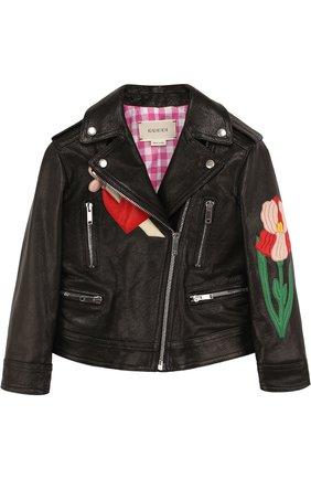 Кожаная куртка с косой молнией и аппликациями   Фото №1