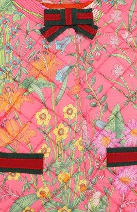 Детская стеганая куртка с принтом и круглым вырезом GUCCI розового цвета, арт. 503518/XBD53 | Фото 3