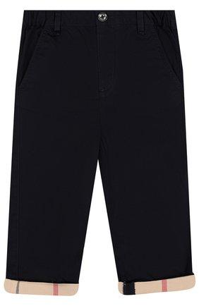 Детские хлопковые брюки BURBERRY темно-синего цвета, арт. 4063390 | Фото 1