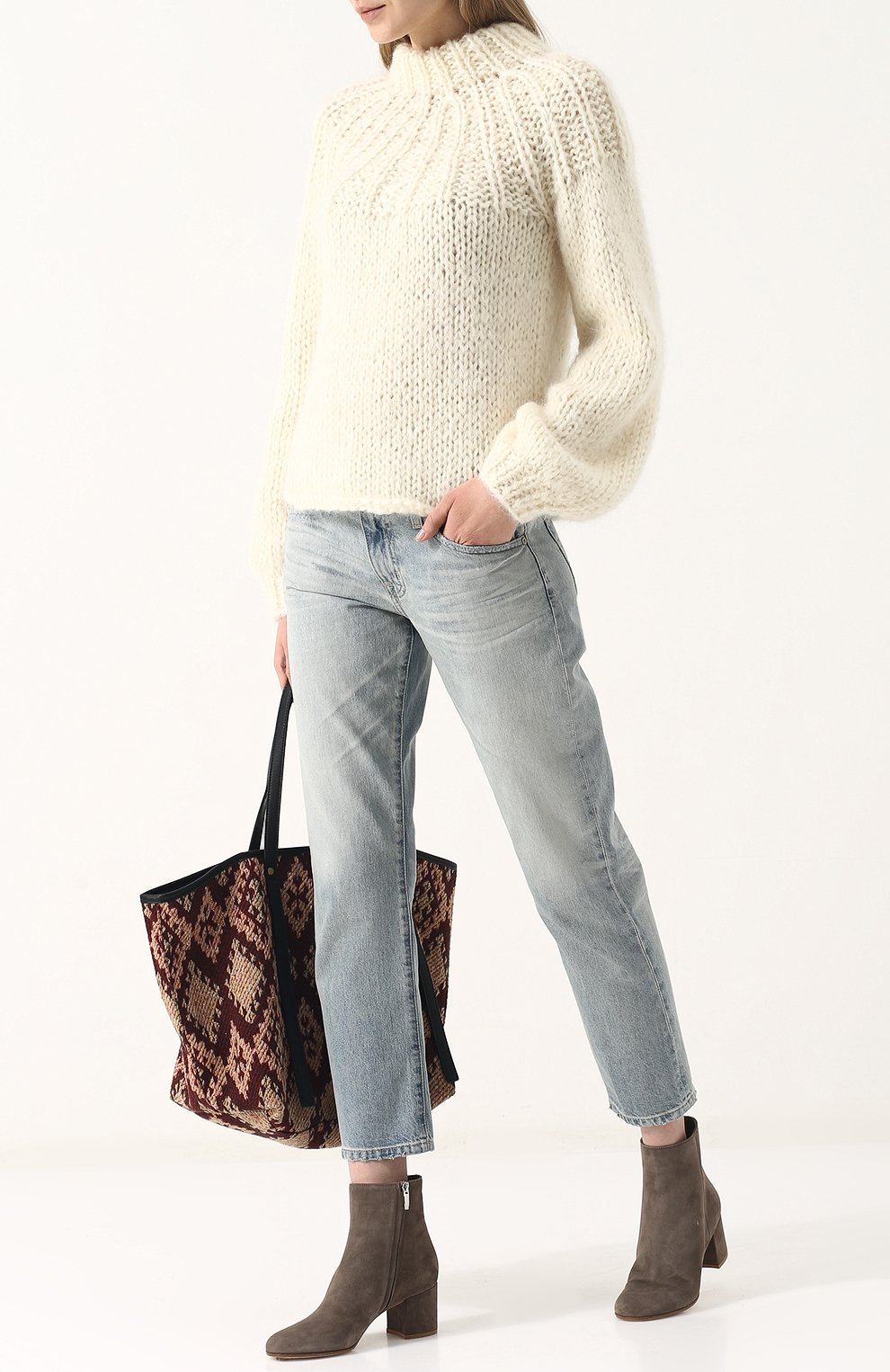 Женские укороченные джинсы прямого кроя с потертостями AG голубого цвета, арт. LGN1575/22Y-SEF | Фото 2