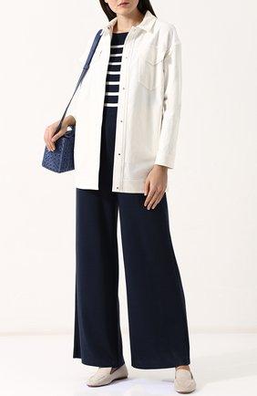 Женская однотонная джинсовая куртка с накладными карманами LORO PIANA белого цвета, арт. FAI1647 | Фото 2