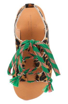 Детские босоножки с меховой отделкой на контрастной шнуровке MAISON MANGOSTAN разноцветного цвета, арт. GUAJAVA/CALF HAIR   Фото 4