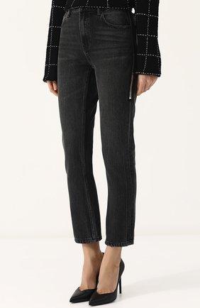 Женские укороченные джинсы прямого кроя с потертостями DENIM X ALEXANDER WANG серого цвета, арт. 4D994191BX | Фото 3