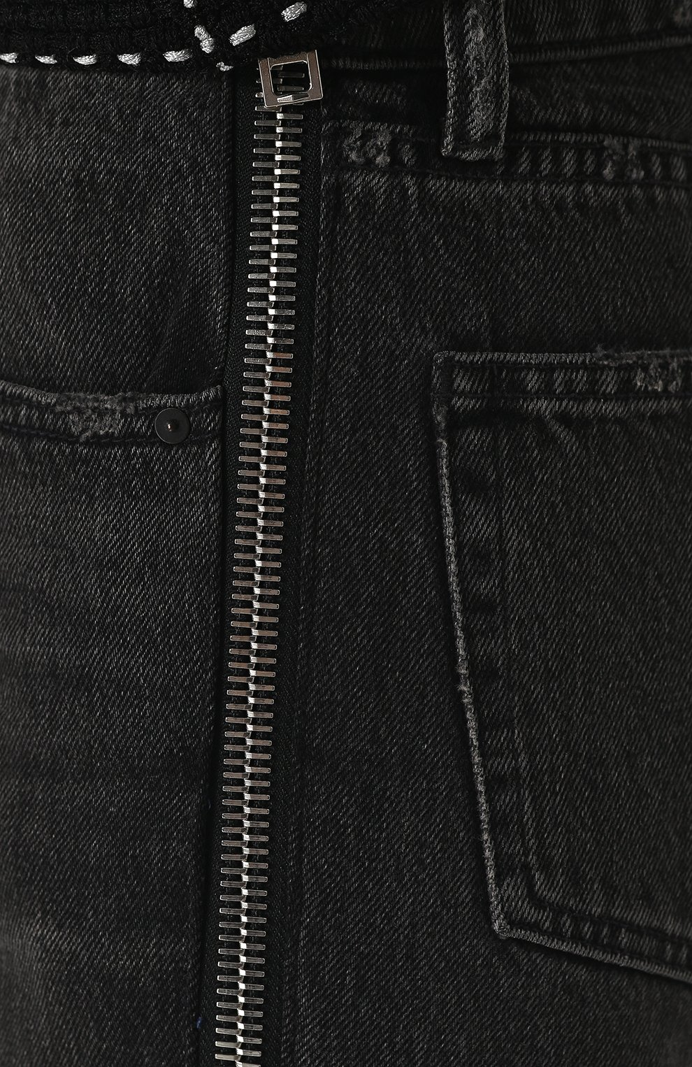 Женские укороченные джинсы прямого кроя с потертостями DENIM X ALEXANDER WANG серого цвета, арт. 4D994191BX | Фото 5
