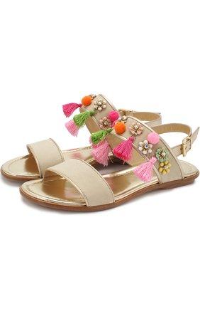 Замшевые сандалии на ремешке с кисточками и декором | Фото №1