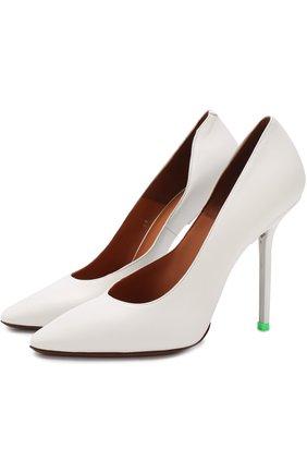 Кожаные туфли на шпильке