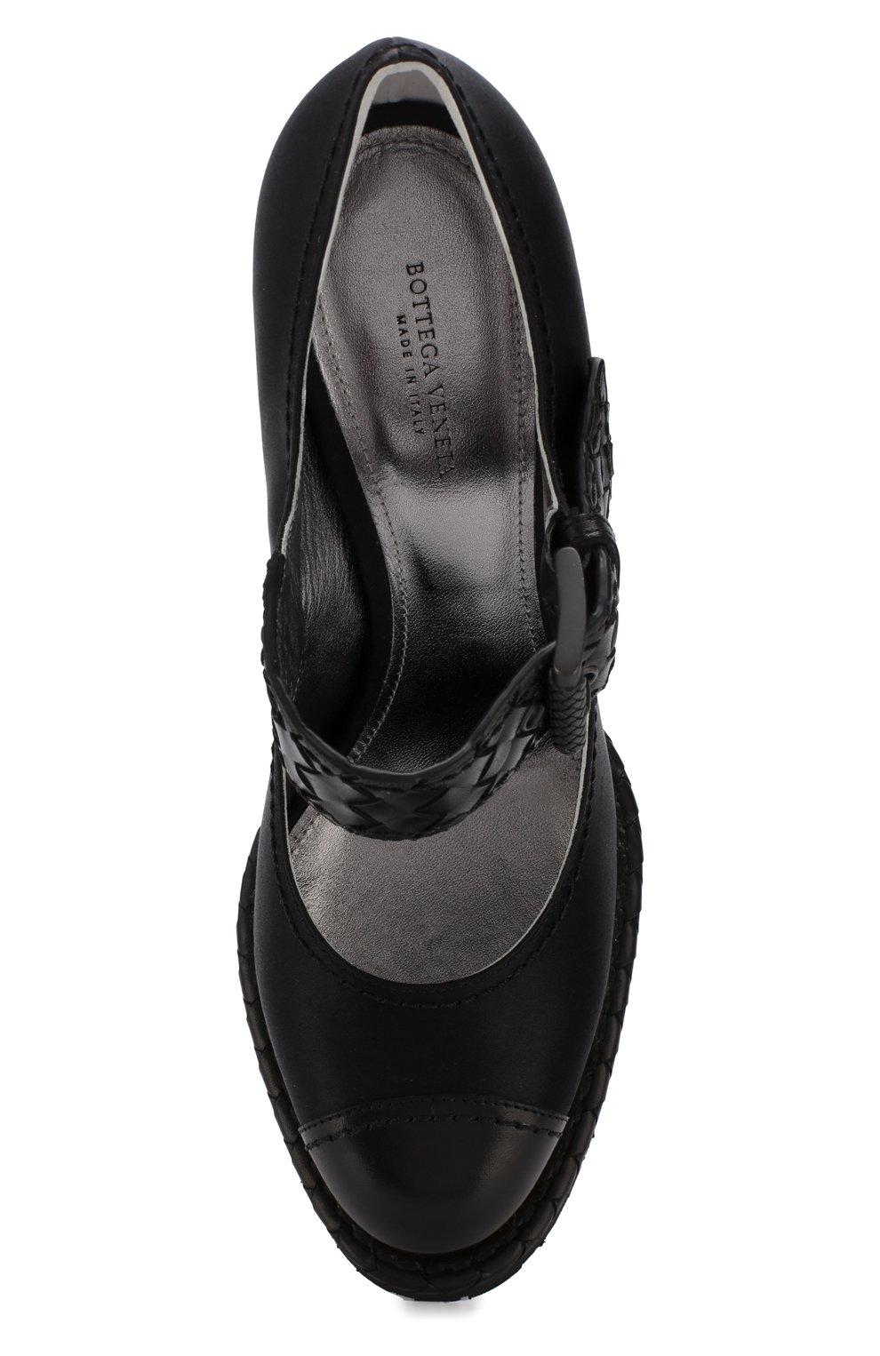 Женские текстильные туфли на танкетке BOTTEGA VENETA черного цвета, арт. 512139/VBFVU | Фото 5