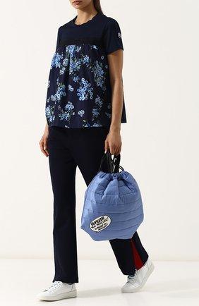 Хлопковая футболка свободного кроя с цветочным принтом Moncler темно-синяя | Фото №1
