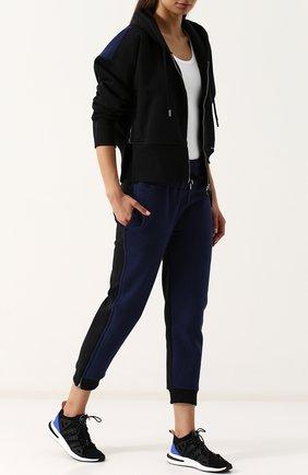 Укороченные хлопковые джоггеры  adidas by Stella McCartney синего цвета | Фото №1
