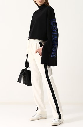 Укороченный пуловер из хлопка с объемными рукавами  Solace черный | Фото №1