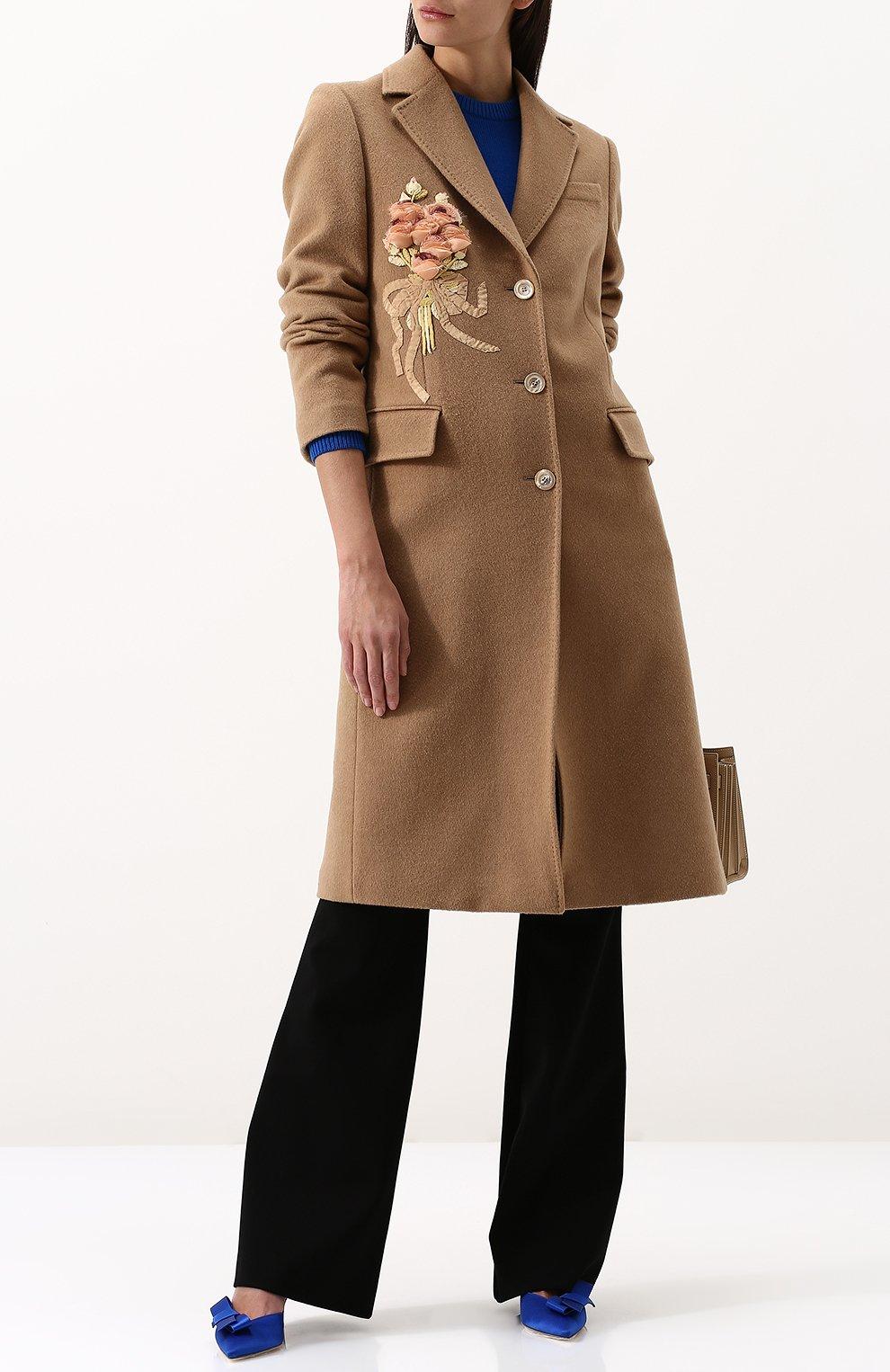 Женское однотонное шерстяное пальто с  декоративной отделкой GUCCI бежевого цвета, арт. 495135/ZKK51 | Фото 2
