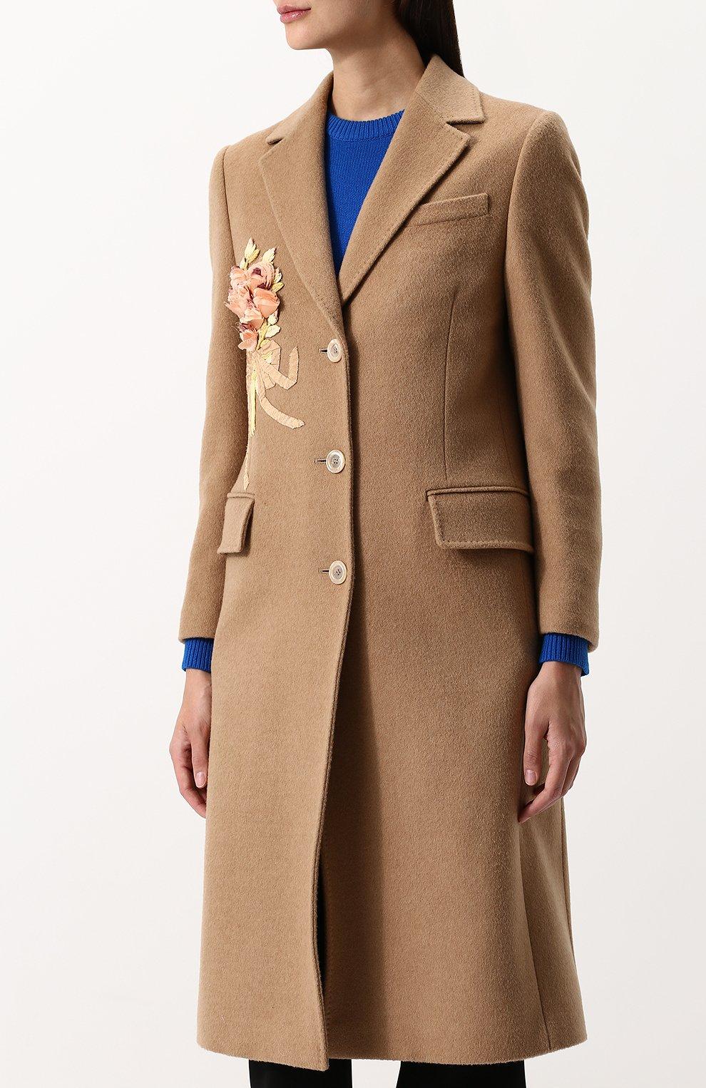 Женское однотонное шерстяное пальто с  декоративной отделкой GUCCI бежевого цвета, арт. 495135/ZKK51 | Фото 3