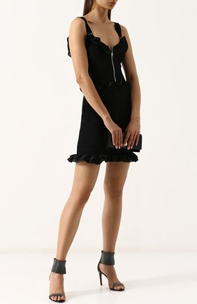 Кожаные босоножки с заклепками на шпильке Alaia черные | Фото №1