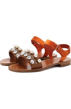 Кожаные сандалии с кристаллами и жемчужинами | Фото №1