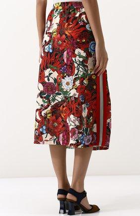 Женская юбка-миди с эластичным поясом и принтом GUCCI разноцветного цвета, арт. 479534/X9N76 | Фото 4