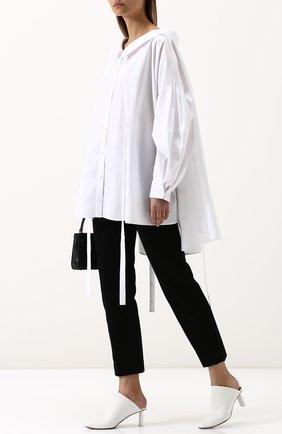 Женская хлопковая блуза свободного кроя с защипами Ruban, цвет белый, арт. RPW18/19-9.2.51.1 в ЦУМ | Фото №1