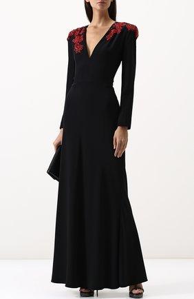 Однотонное платье-макси с V-образным вырезом и декорированной отделкой | Фото №2