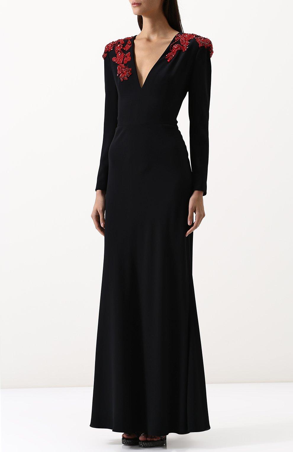 Однотонное платье-макси с V-образным вырезом и декорированной отделкой | Фото №3