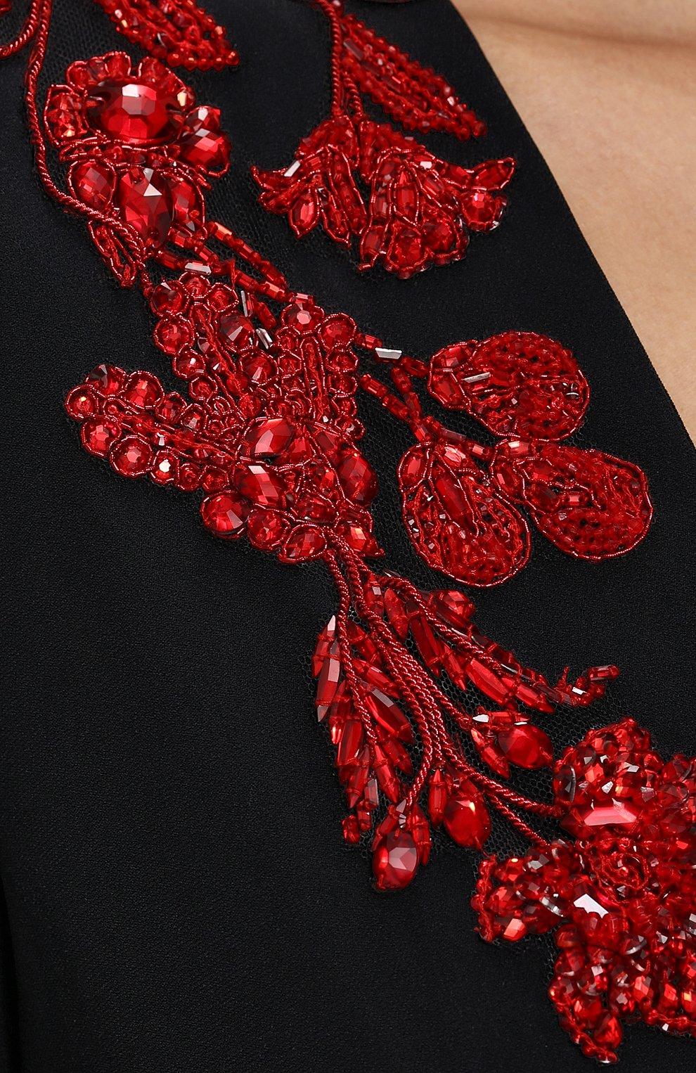 Однотонное платье-макси с V-образным вырезом и декорированной отделкой | Фото №5
